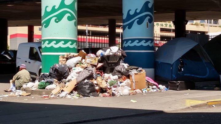 BLOG trash Credit Dennis Su