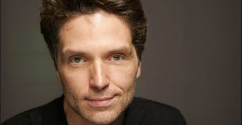Richard Marx says he's no 'big hero' after incident on Korean Air flight