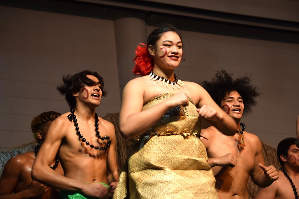 Federal Way High School Pacific Islander Club dancers.