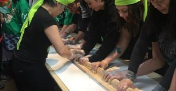 'Longest Sushi Roll' reenactment successful