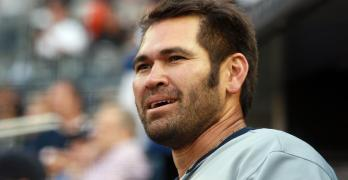 Former MLB baseball player Johnny Damon honors mother's Thai heritage