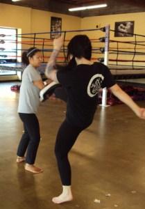 Women's Kickboxing Classes