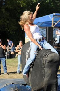 Knucklefest Bull Riding