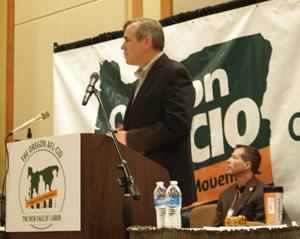 Jeff Merkley at 2013 Oregon AFL-CIO convention