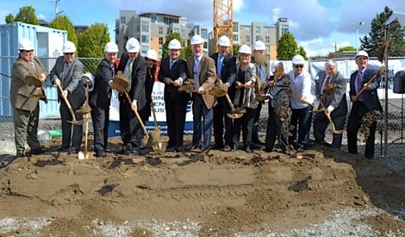 Ceremonial groundbreaking on $43.2 million Lloyd District Commons