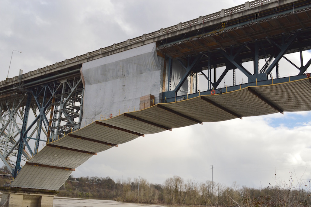 UNDER THE ROSS ISLAND BRIDGE: Investigating a low-bid nonunion contractor, a union finds problems aplenty