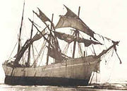 The Peter Iredale shortly after grounding in October, 1906