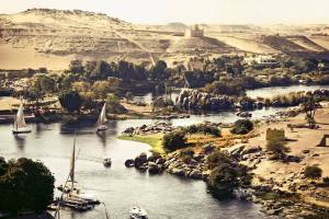 13_Nile_River_in_Aswan