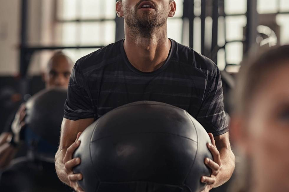 med ball workout gym