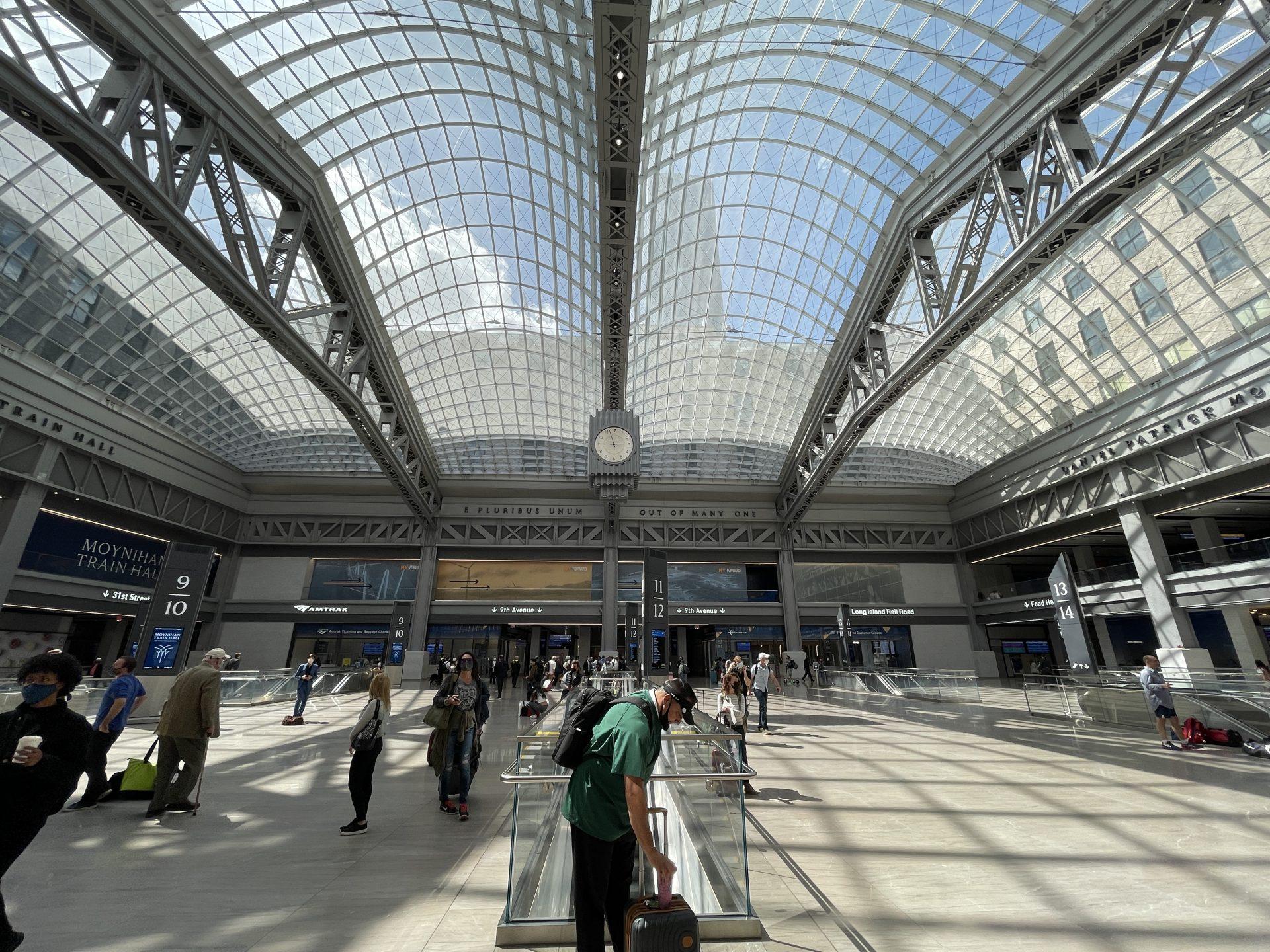 【朗報】公衆トイレも綺麗!生まれ変わったPenn Station (Moynihan Station)
