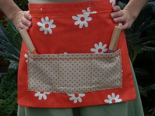 orange polkadotty pockets mini-gardening apron