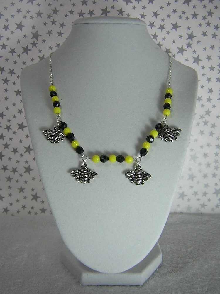Yellow and Black Beaded Necklace with Silver Bumble Bee Charms by Rewondered