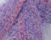 Scarf in lavendar and pink