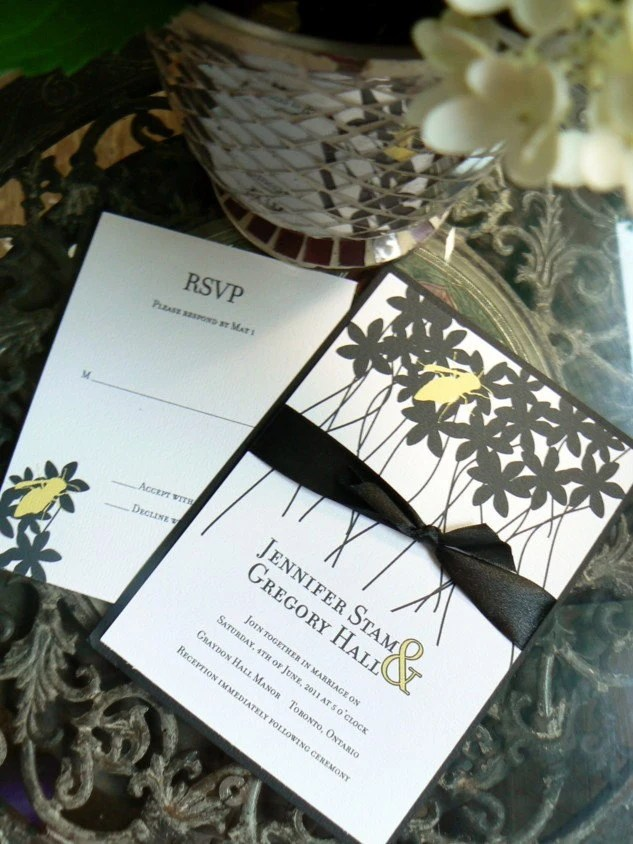 Summer Bee Wedding Invitation Set