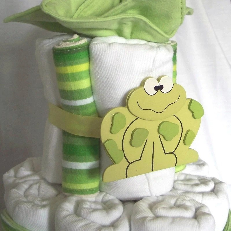 Cloth Diaper Cake from EnchantedDandelions on Etsy