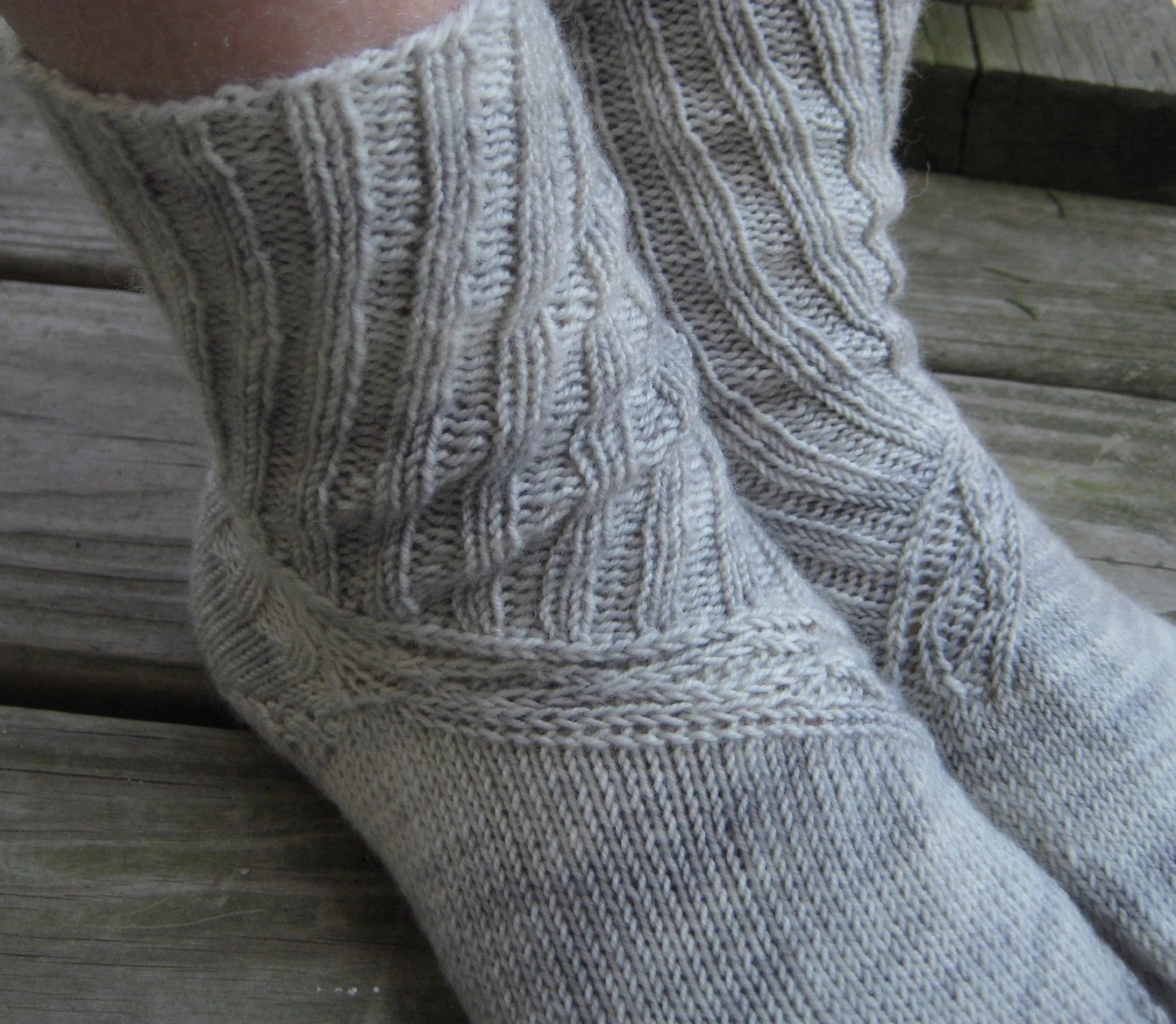 SnakeWinder Socks -- Knitting Pattern PDF