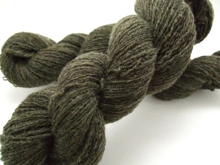 Recycled yarn - moss green lambswool, lace weight