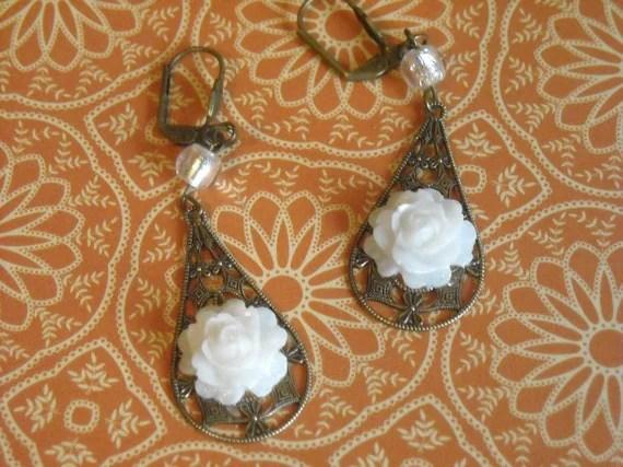 Victorain Rose Earrings