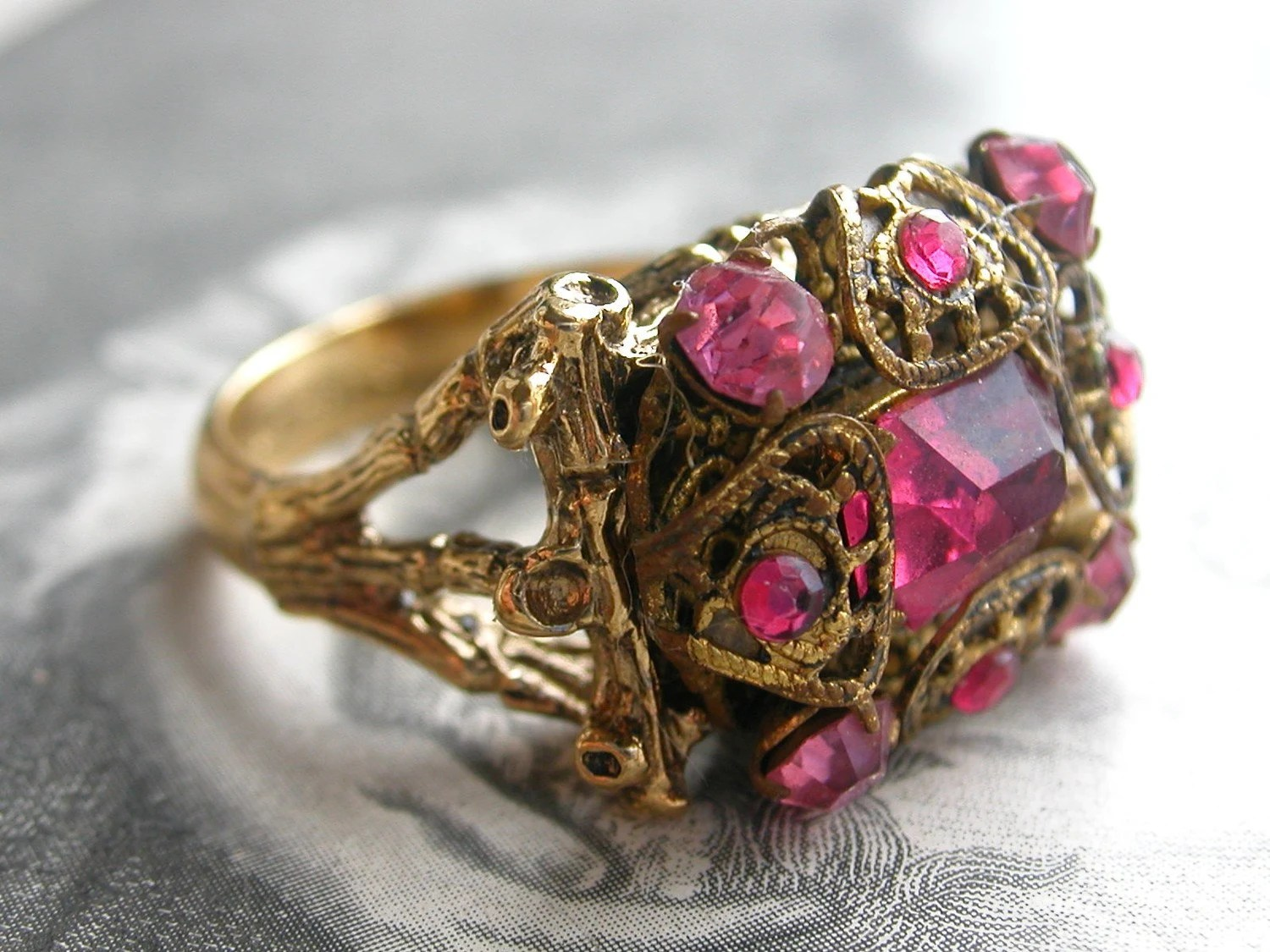 Pink Rhinestone and Filigree Ring-size 8