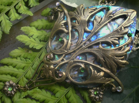 Handmade Acantha Art Nouveau abalone necklace