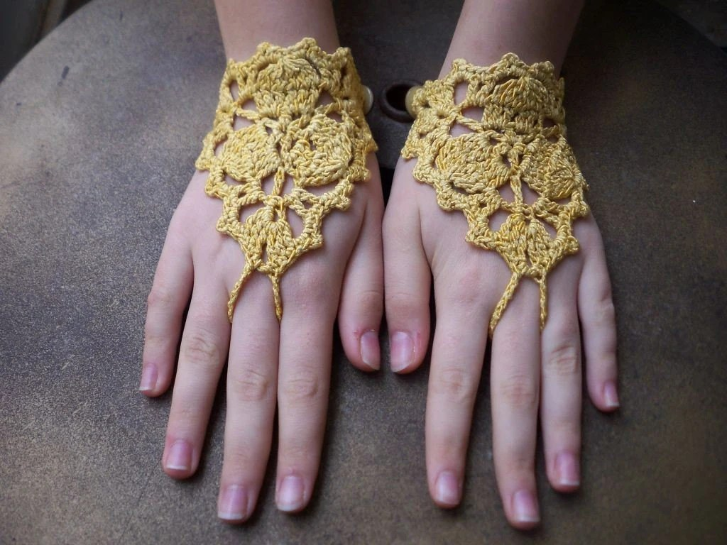 Yellow lace gloves yasofingerless baho, dance, victorian, bohemian, fetish, vamp, lolita, punk, classic, sexy, tango, vals, knittting