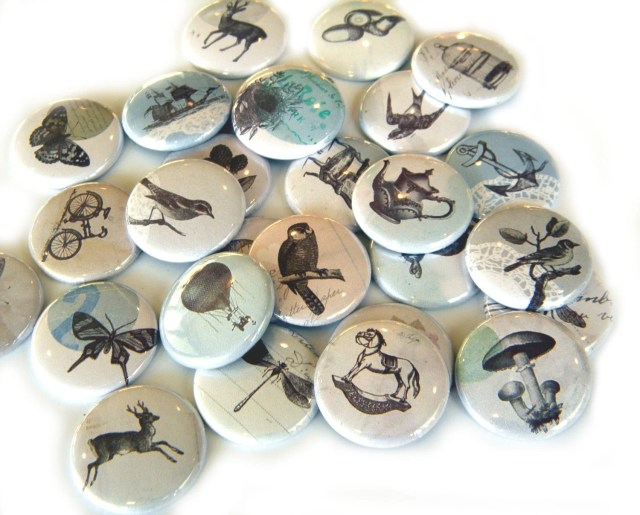25 Vintage Images Flat Back Buttons