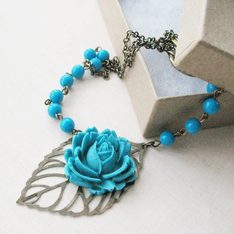 necklace bold turquoise blue funky
