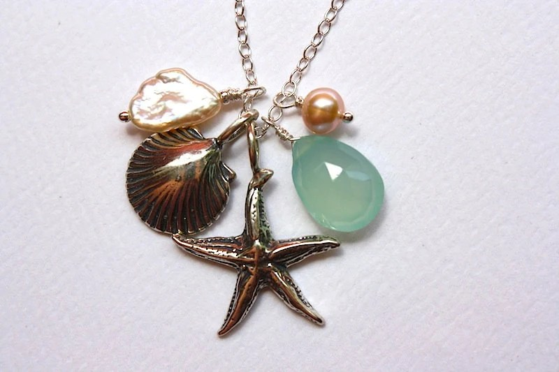 Free Shipping in US - SEA STORY With a Chalcedony Teardrop ... Necklace