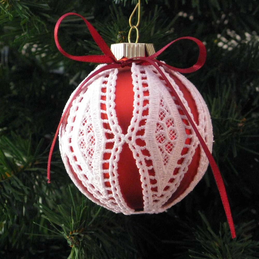 Red Diamond Pattern Lace Embroidered Ornament