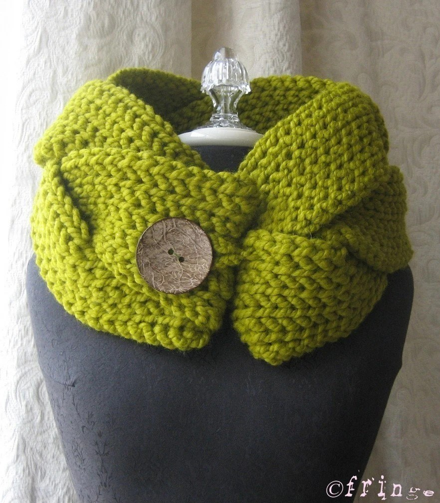 A Twist of Fate cowl