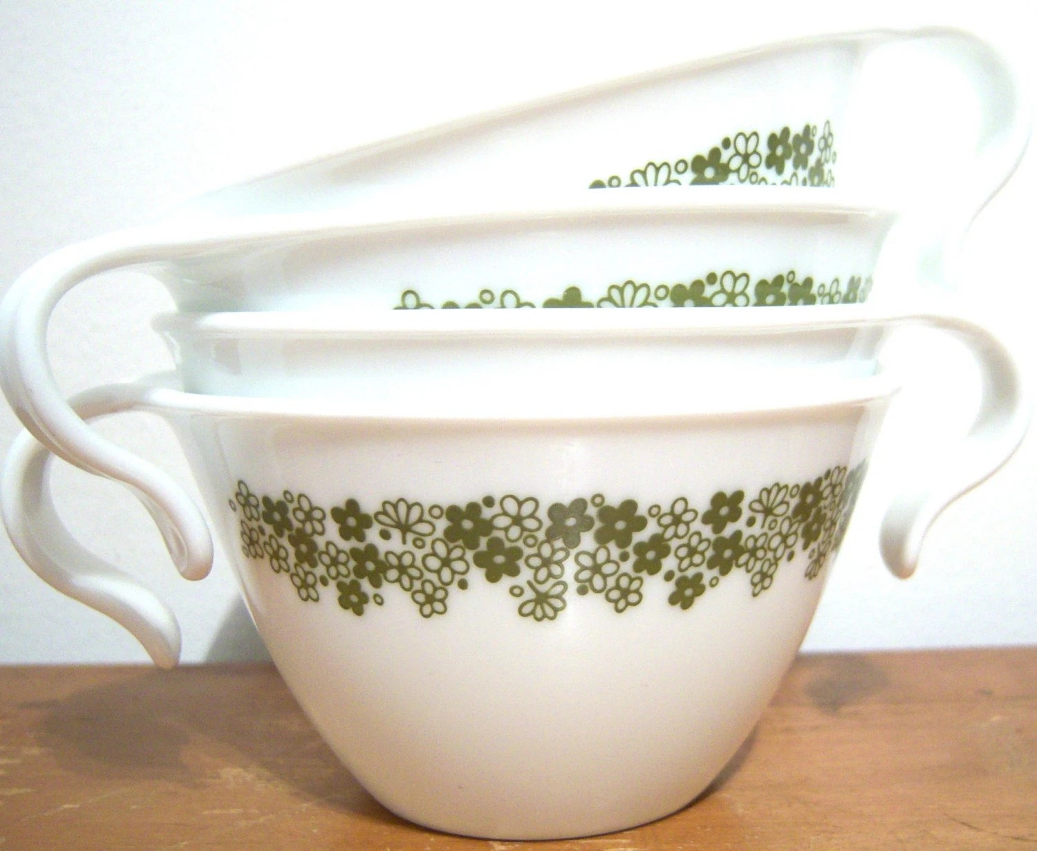VINTAGE CORELLE LIVINGWARE SET OF FOUR HOOK HANDLE COFFEE MUG TEA CUPS