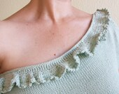 Assymetrical one shoulder knit top in pastel mint