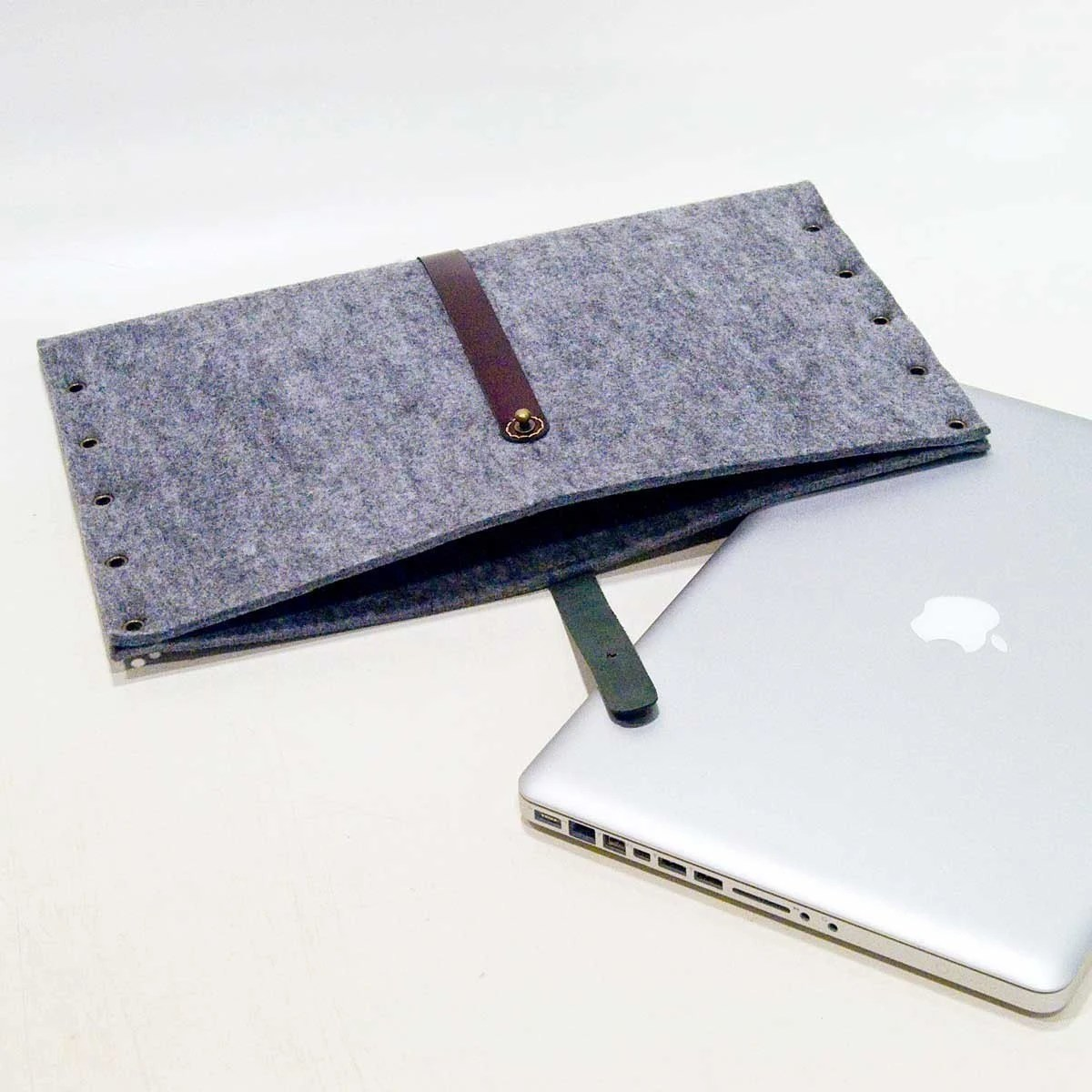 PORTEL for MacBookPro 15''