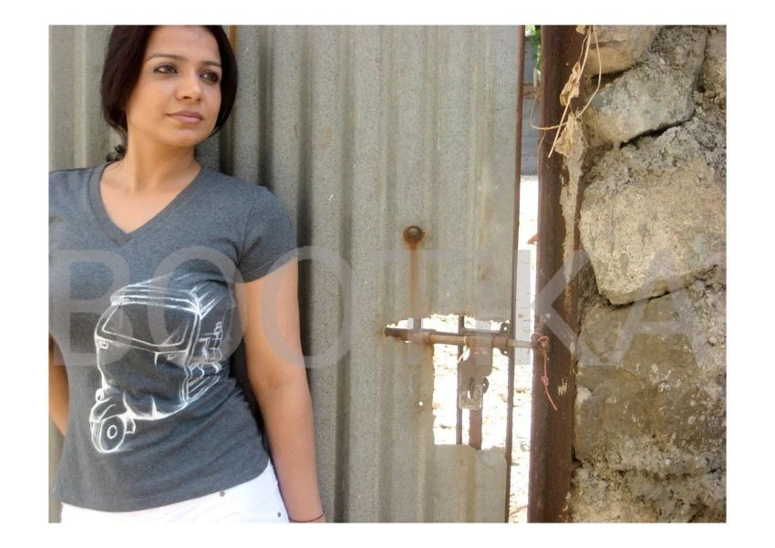 Handpainted Tee with White Auto rickshaw