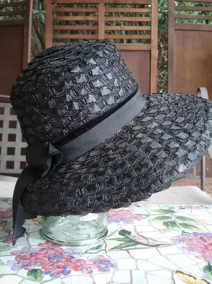 VinTAgE 1960s Black Straw Grosgrain  Summer Hat Wide Brim Audrey Hepburn Style