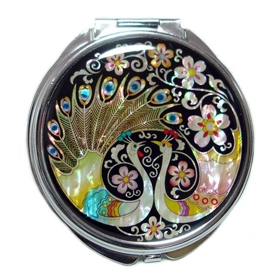 Mother of Pearl Magnifying Makeup Cosmetic Handbag Purse Compact=