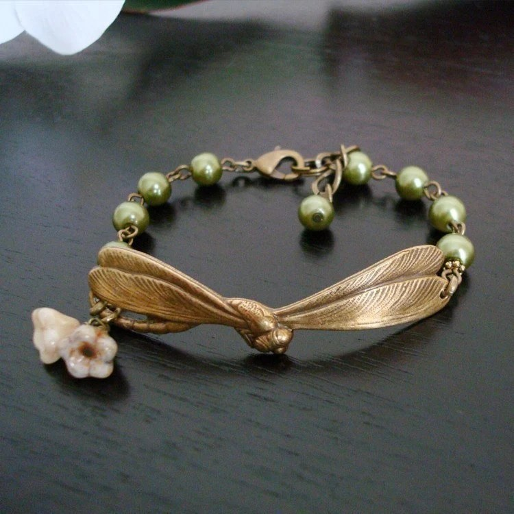 Free Shipping - Good Fortune Bracelet - Olive Pearls