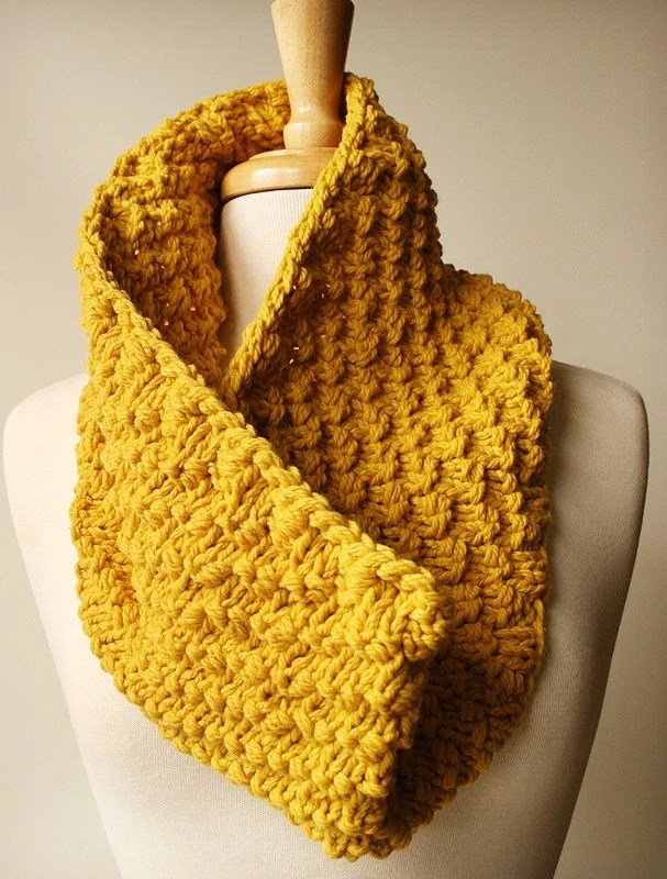 Soleil Cowl - Oversized Knit Merino Wool and Cashmere Neckwarmer