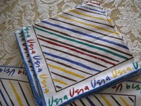 Vintage Vera set of 4 matching Linen Napkins