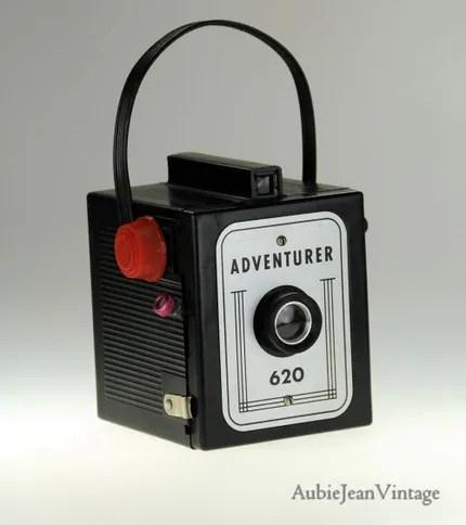 Vintage - Adventurer 620 Camera