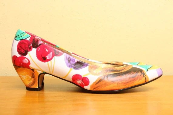 Low Kitten Heels in Colorful Novelty Fruit Print