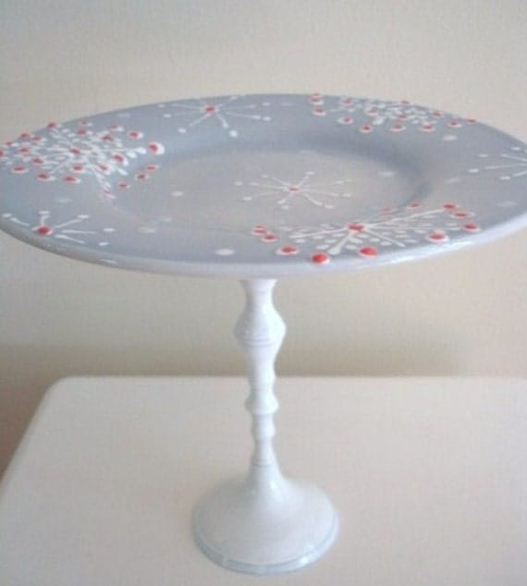 Cupcake Stand/Dessert Pedestal-Shabby Snowflake (White)