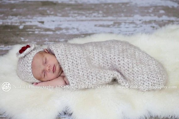 Angel's Touch - Newborn Cocoon and Hat Set