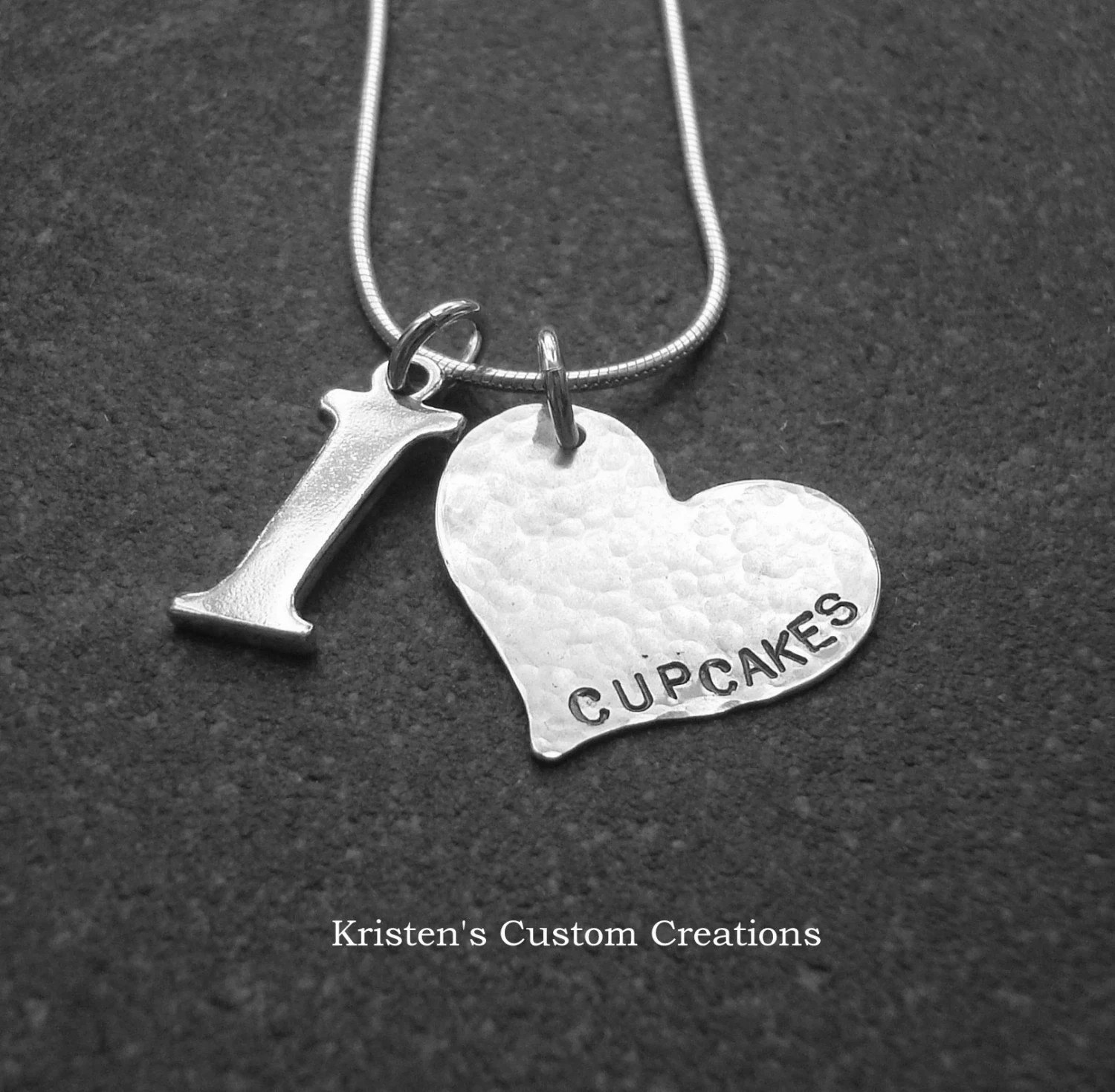 Limited Edition I Heart Cupcakes II Necklace