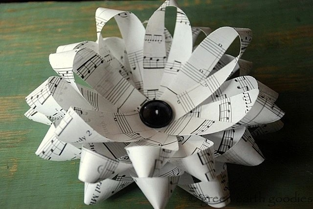 Handmade Large Music Sheet Paper Bows - Set of 5 - eco friendly