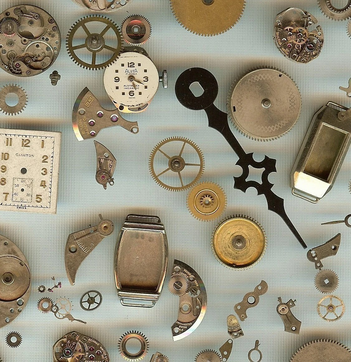 Steampunk Supplies Watch Parts Grab Bag 2 - Watch Wheels and Gears - Antique Watch Parts for Jewelry, Altered Art and Assemblage