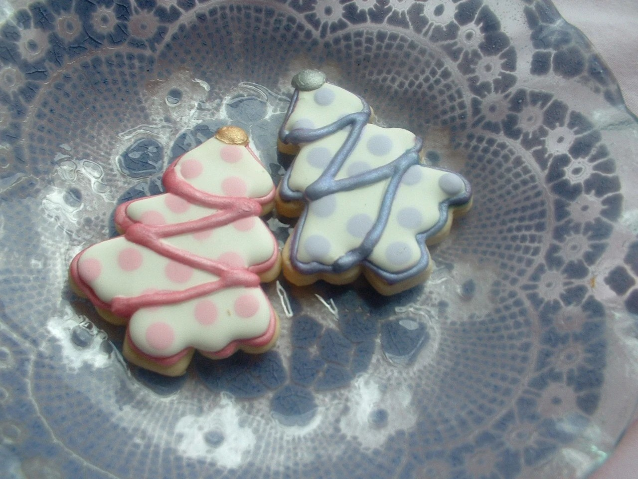 Christmas in Purples and Pinks - 6 cookies