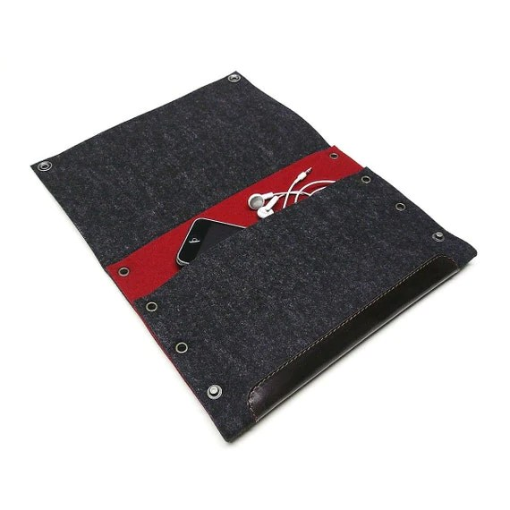 iPad RETRO MODERN felt landscape mode sleeve