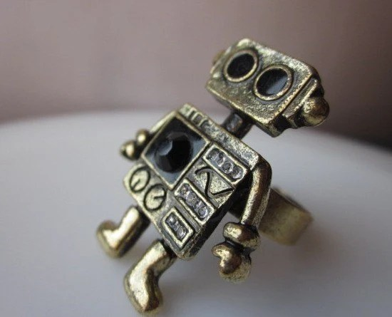 MINI ROBOT. A Robot Cocktail Ring with Black Swarovski Gem