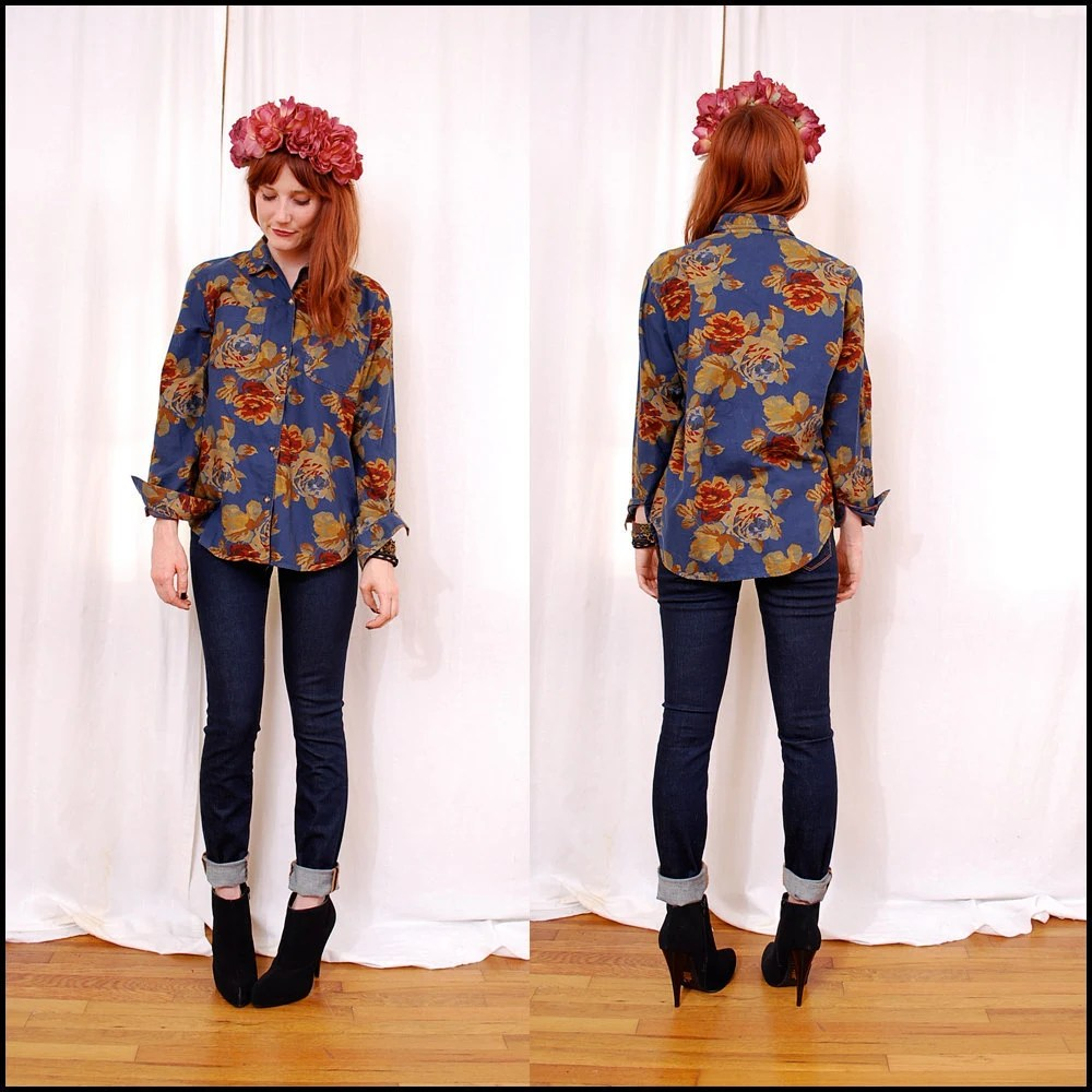 FREE Worldwide Shipping VINTAGE 90's Floral Chambray Shirt